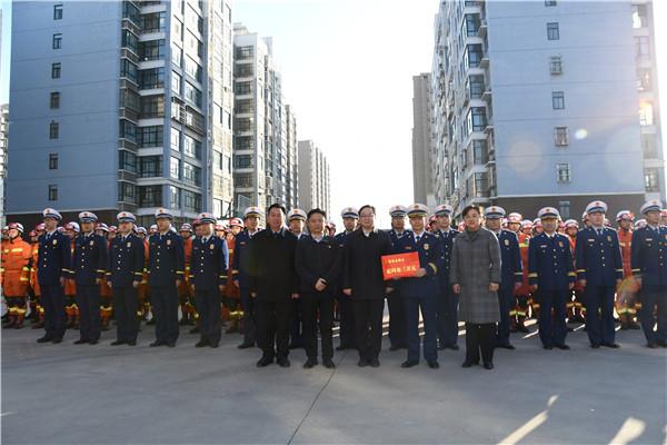 县委书记、县长刘冰带队到市消防救援支队开...